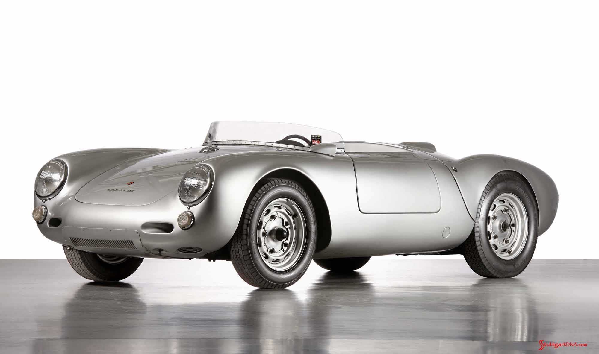 How to choose the best car insurance - Porsche supercars: 550 Spyder, 1953, left front. Credit: Porsche AG